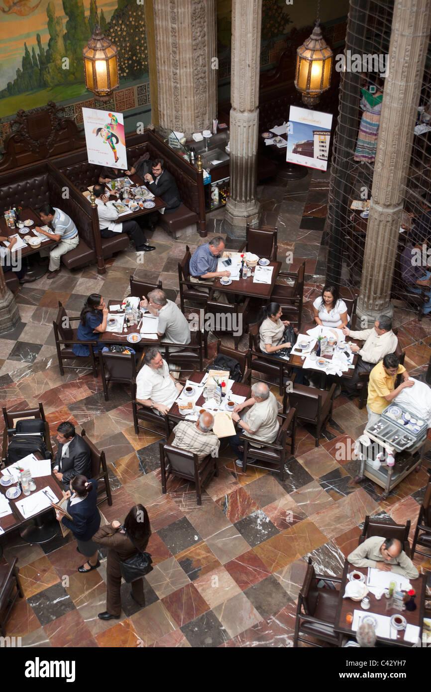 The Casa de los Azulejos or 'House of Tiles' Mexico City - Stock Image