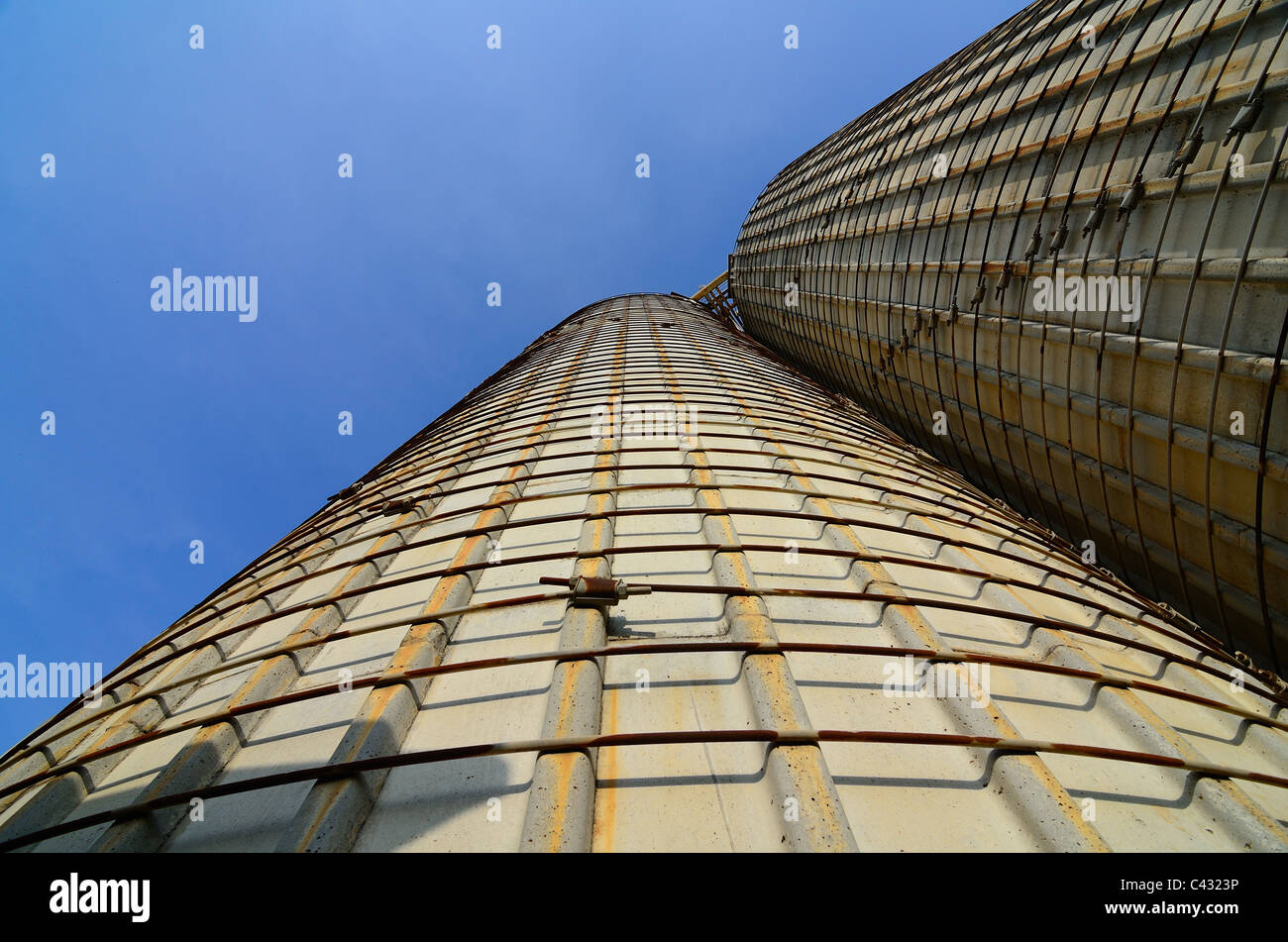 Abstract view of a cement plant - Stock Image