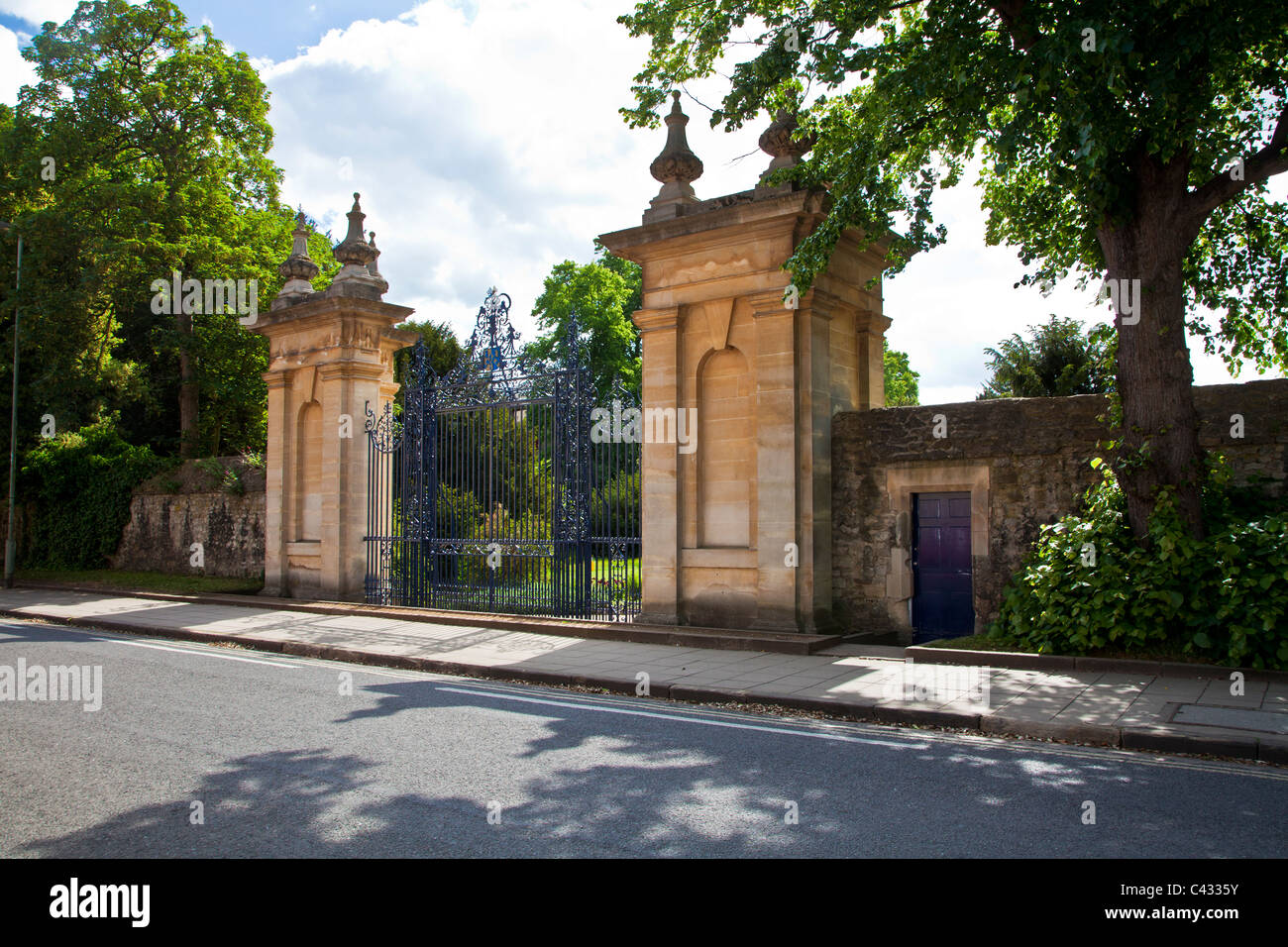 The gates of Trinity College, Oxford University, Oxfordshire, England, UK, Great Britain - Stock Image