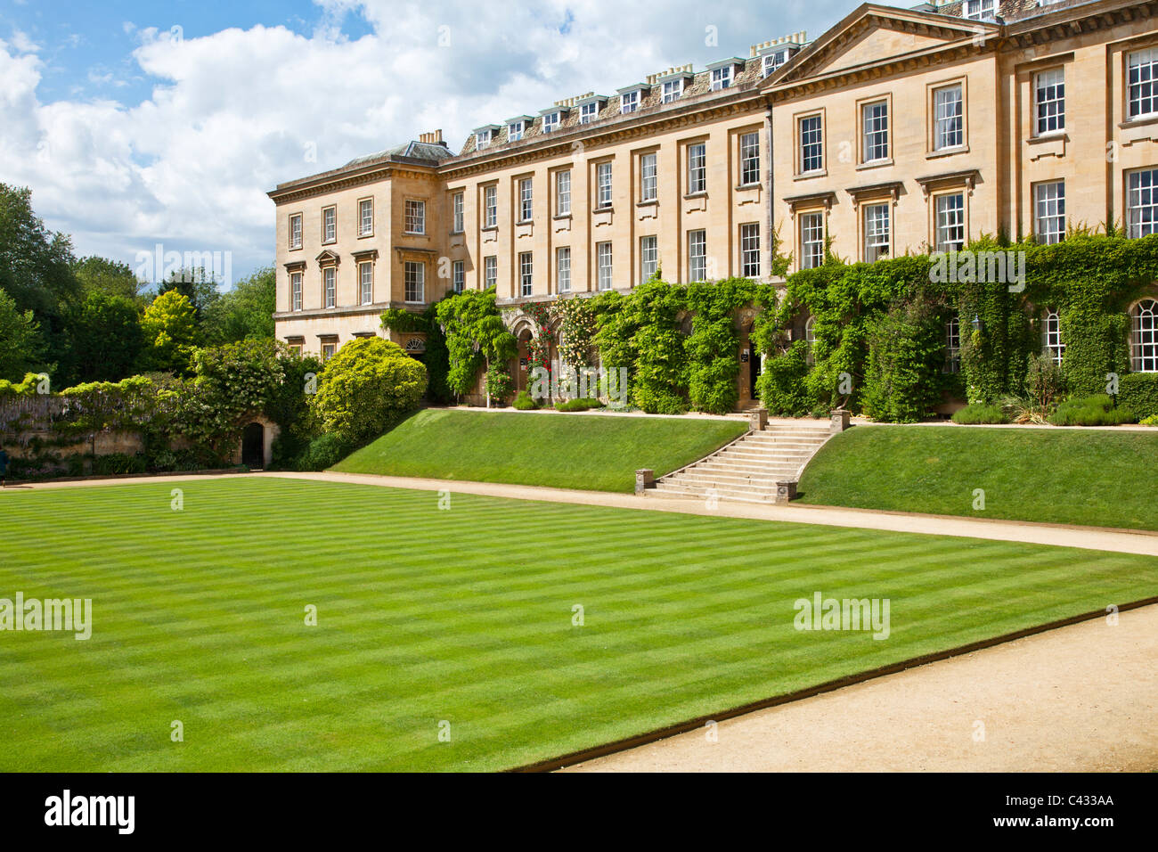 The main quad of Worcester College, Oxford University, Oxfordshire, England, UK, Great Britain - Stock Image