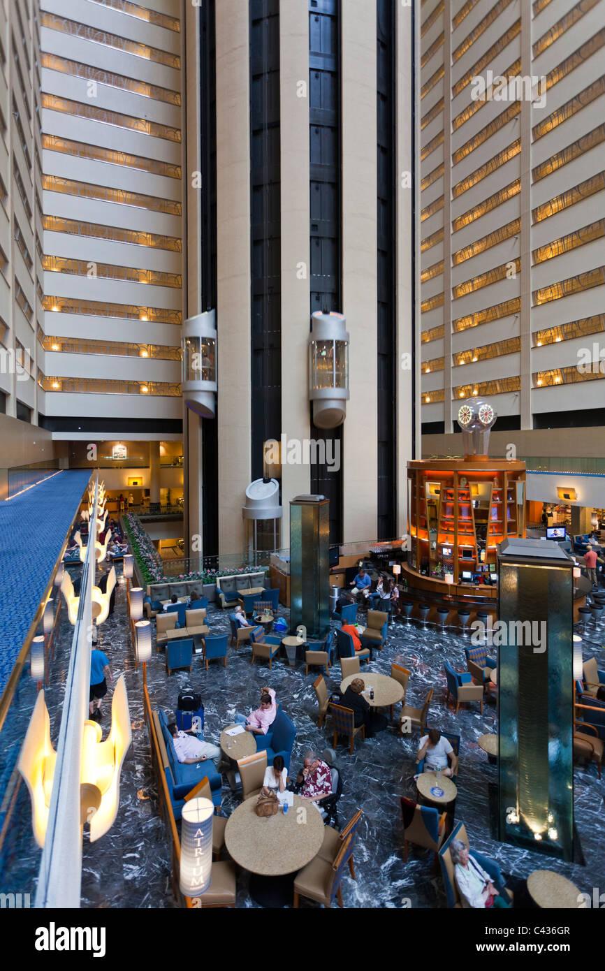 acheter pas cher 0d375 d7854 lobby, New York Marriott Marquis, Times Square, Manhattan ...