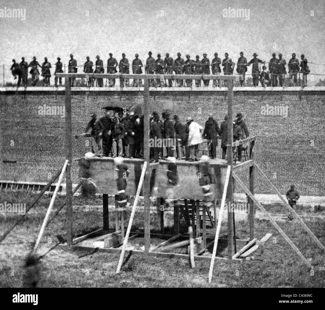 ABRAHAM LINCOLN  Execution of  accomplices Mary Surratt, Lewis Powell, David Herold and George Atzerodt, Fort McNail - Stock Image