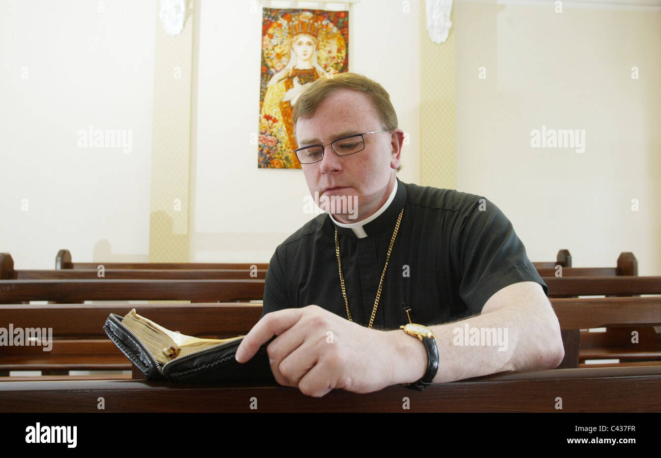 Pat Buckley Blog >> Father Pat Buckley A Rebel Priest Was Excommunicated When He Was