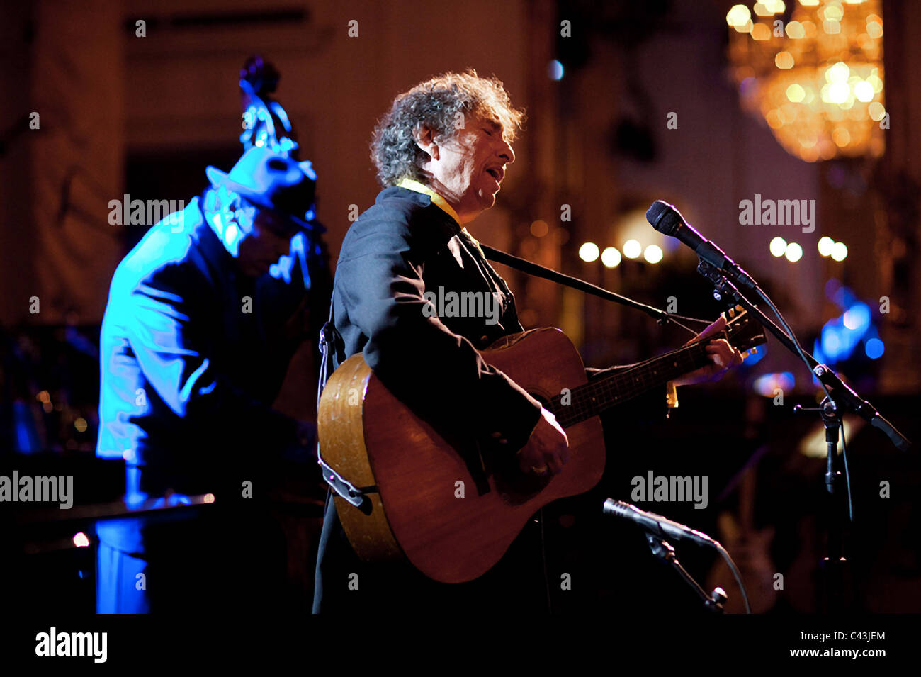 Singer Bob Dylan performs at the White House - Stock Image