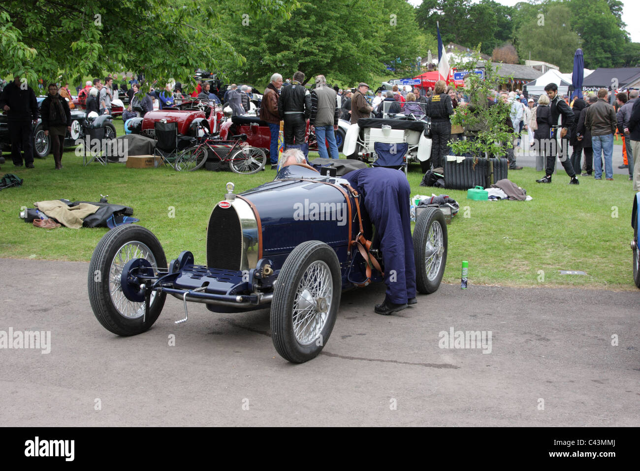 Bugatti Vintage Car Racing Stock Photos & Bugatti Vintage Car Racing ...