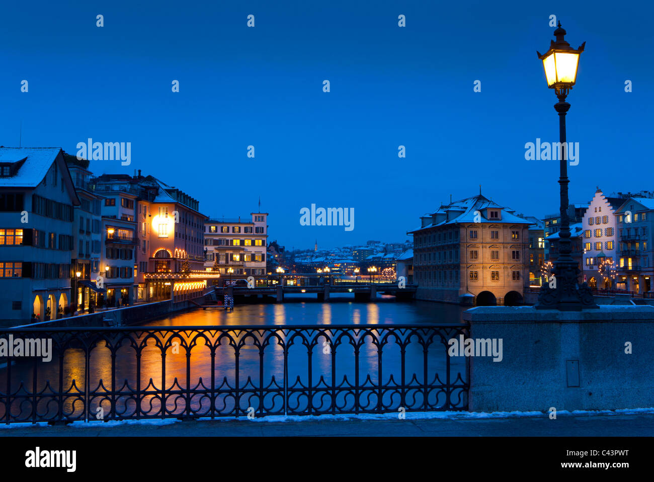 Zurich, Switzerland, canton Zurich, town, city, Old Town, river, flow, Limmat, riverside, houses, homes, bridge, - Stock Image