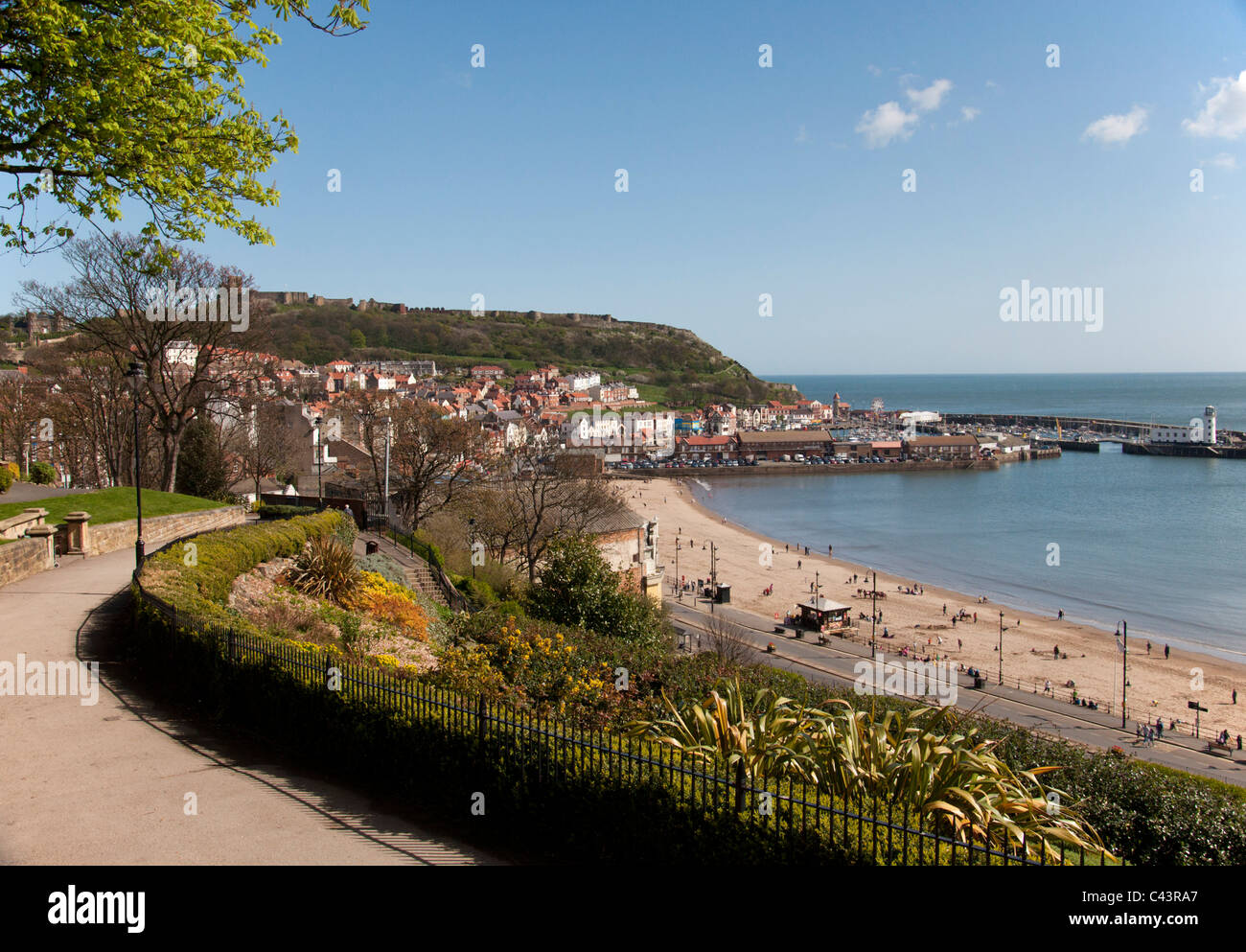 Scarborough South Bay in the sunshine. - Stock Image