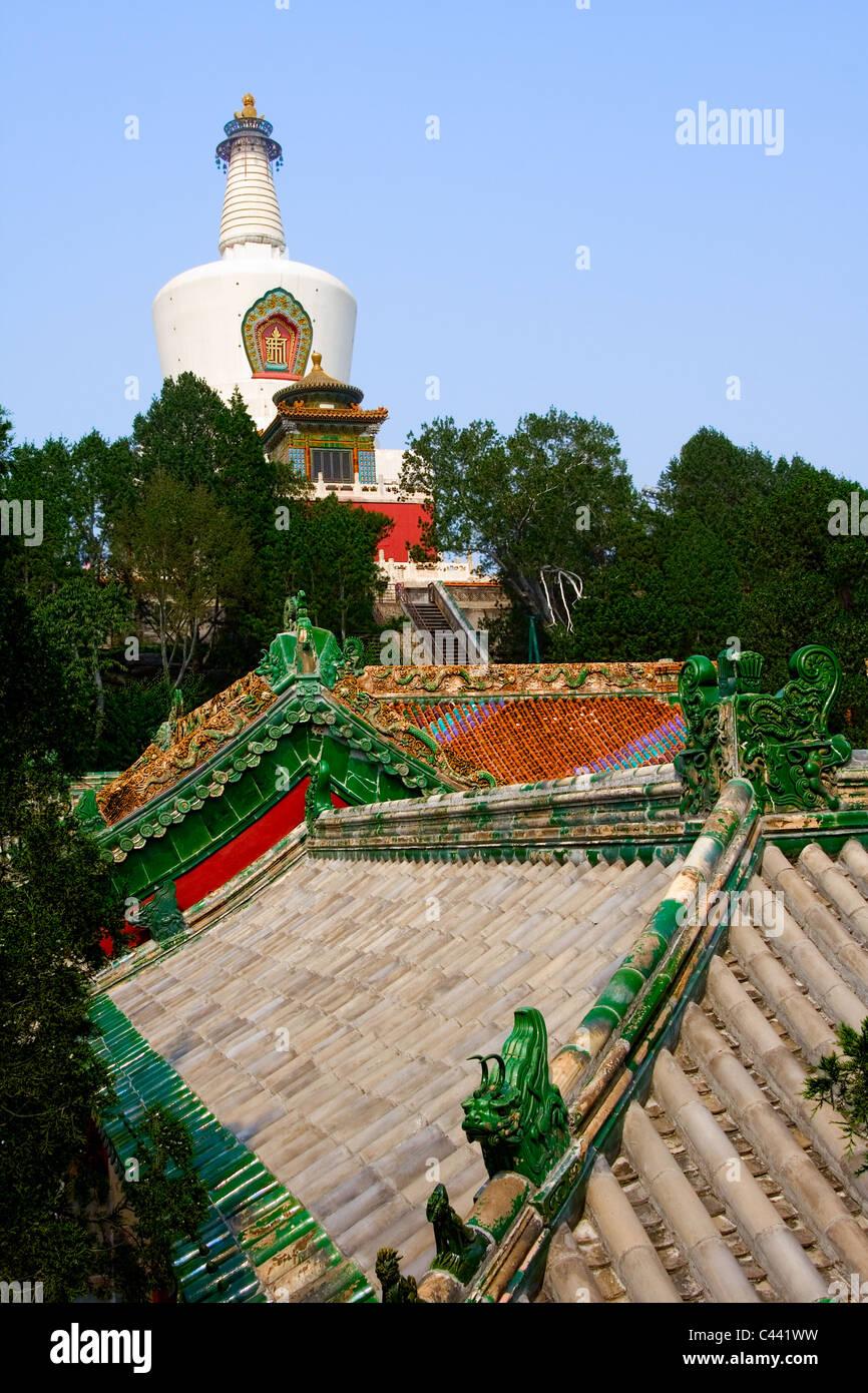 White Dagoba at Beihai park in Beijing, China Stock Photo