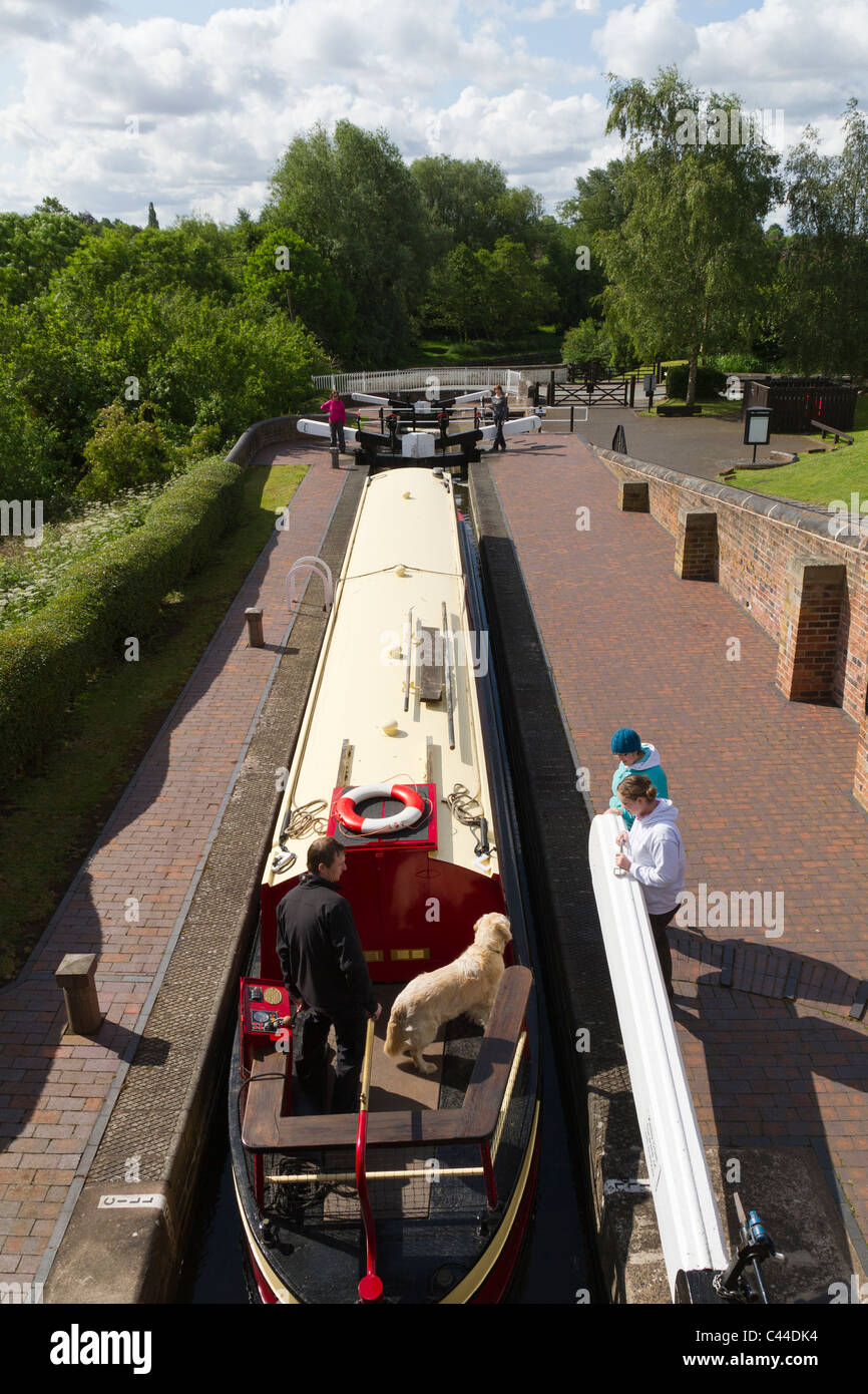 The Bratch Locks on the Staffs & Worcs canal in Wombourne Stock Photo
