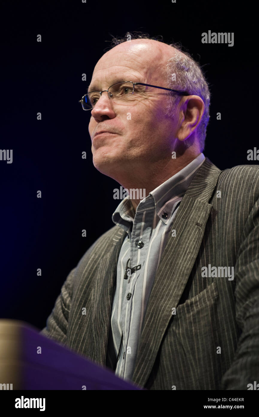Iain Sinclair author and filmmaker giving Gwyn Jones Lecture at Hay Festival 2011 - Stock Image