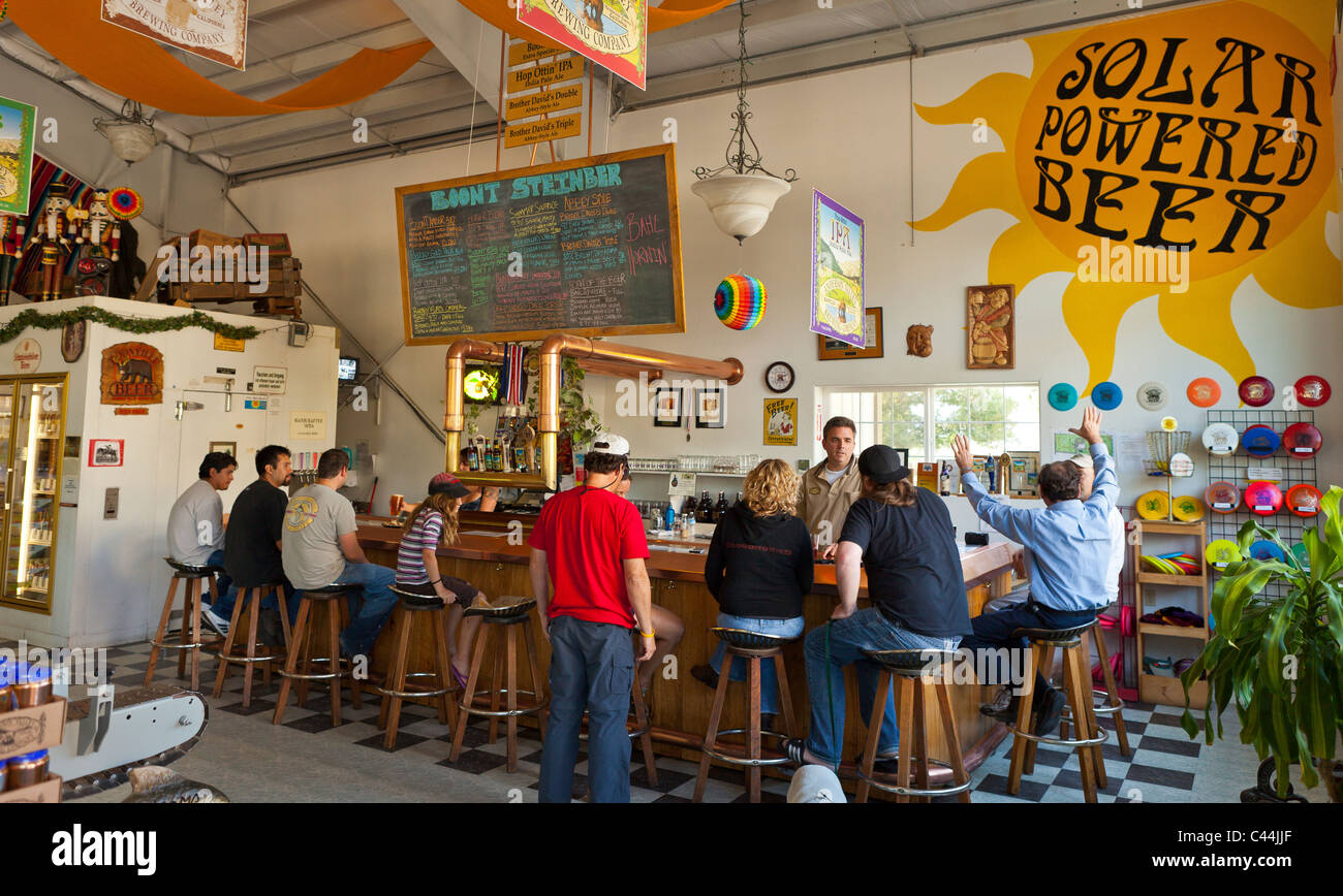 BOONVILLE, CALIFORNIA, USA - People at bar at the Anderson Valley Brewing Company, in Mendocino County. - Stock Image