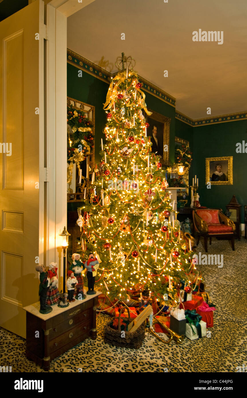 Victorian Christmas Tree in Home in New Albany, Indiana - Stock Image