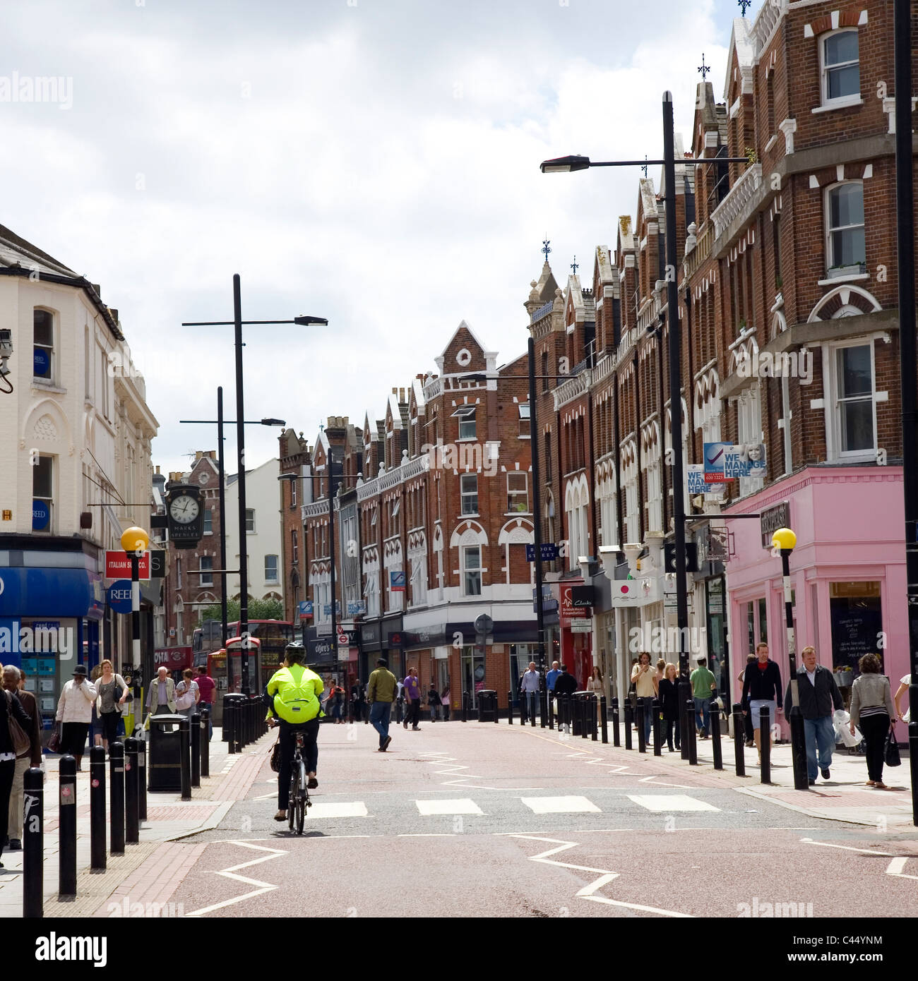 St Johns Rd in Clapham Junction Stock Photo