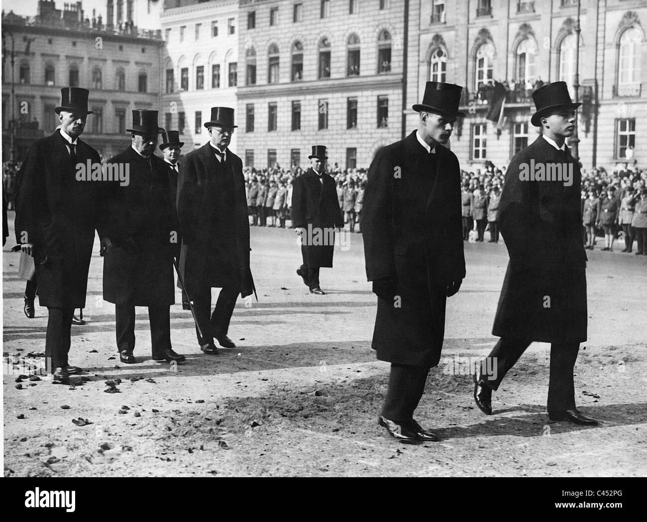 Paul von Hindenburg and Hermann Mueller at the funeral service for Gustav Stresemann, 1929 - Stock Image
