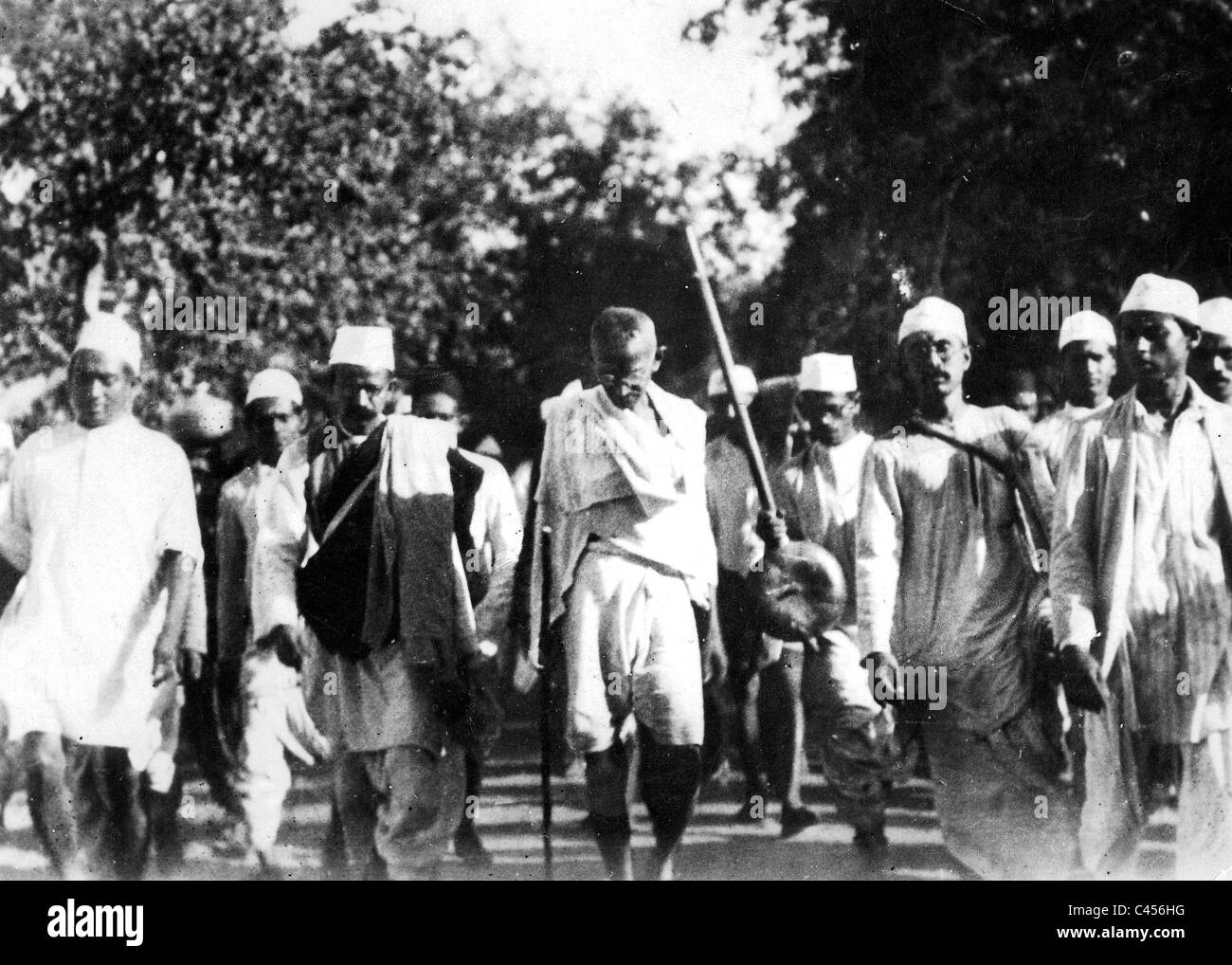Beginning Of The 39 Salt March 39 Of Mahatma Gandhi And His