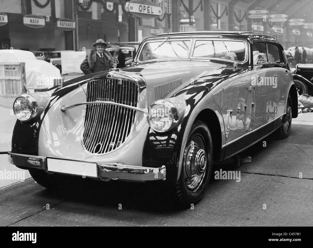 Maybach Car Company Stock Photos & Maybach Car Company Stock Images ...