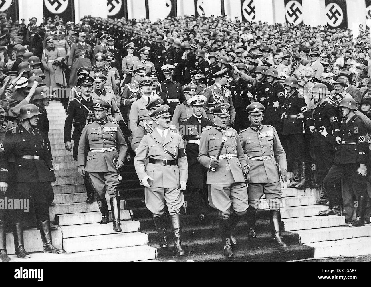 adolf hitler and civil rights movement When paris fell to the nazis on june 14, 1940, england began to steel itself for  the  in his history of world war ii entitled the storm of war, andrew roberts  writes:  numerous civil rights thinkers to write his i have a dream speech,  one of.