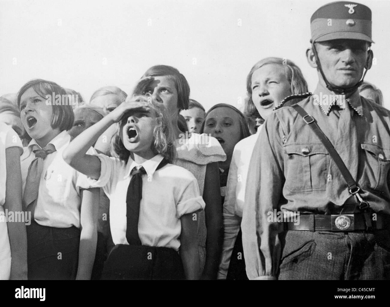 WW2 Picture Photo Member Young women Bund Deutscher Mädel