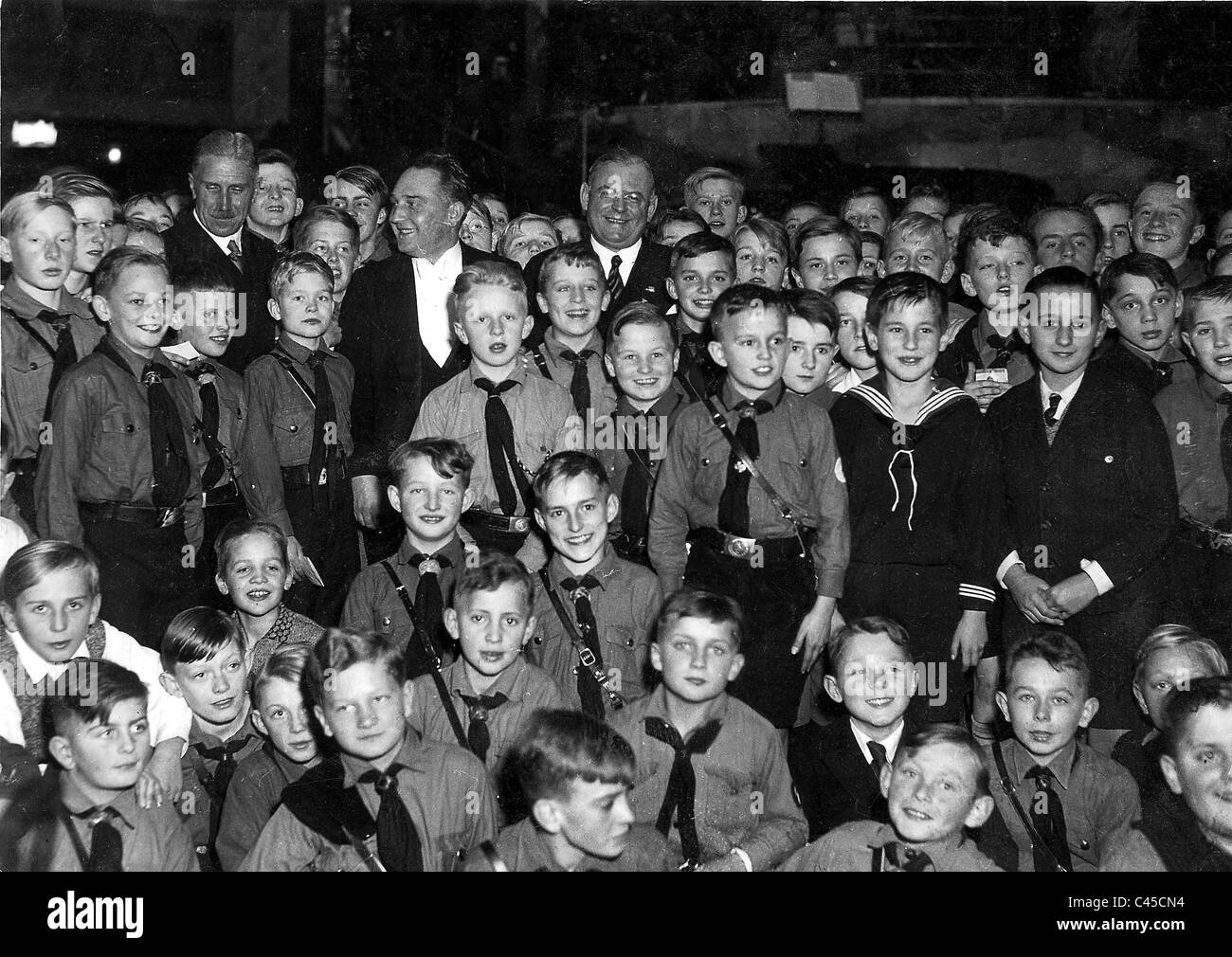 Franz von Papen and Franz Seldte amongst Hitler Youth choirs - Stock Image