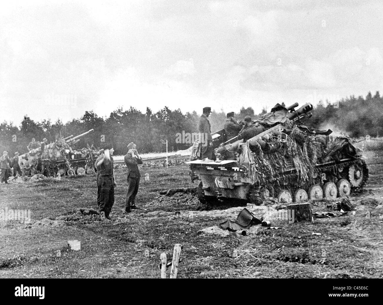 Self Propelled Cart >> German 'Wespe' artillery self-propelled guns Stock Photo: 37000276 - Alamy