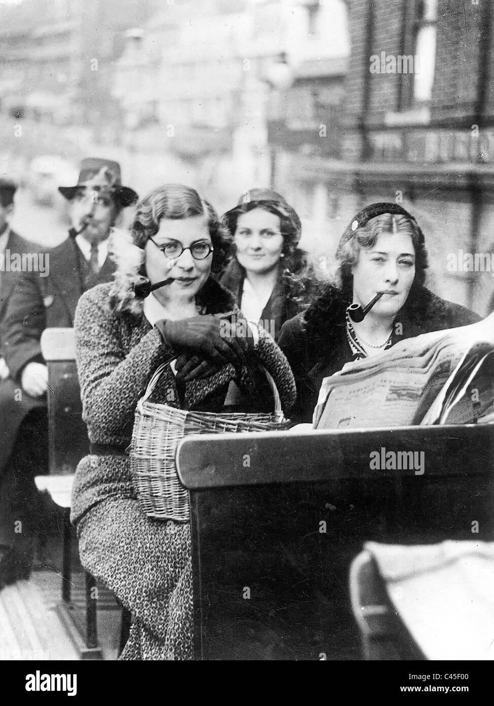 Smoking women, 1936 - Stock Image