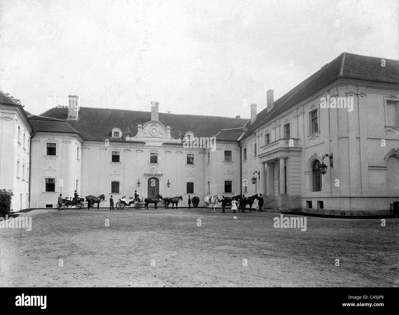 Castle courtyard of the palace Rauden of the Duke of Ratibor, 1910 - Stock Image