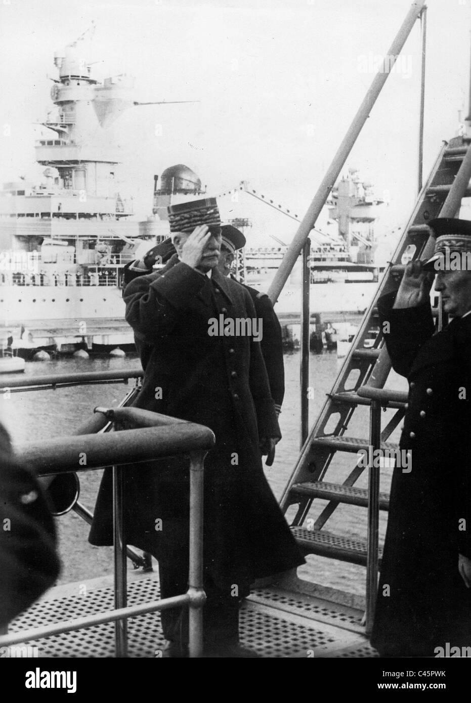 Henri Philippe Petain visits Toulon, 1940 - Stock Image