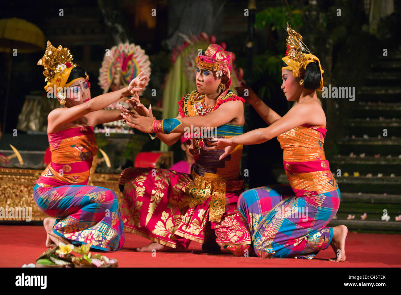 The FISHERMAN DANCE is performed by the Cenik Wayah Gamelan Dance Group at PURA TAMAN SARASWATI - UBUD, BALI, INDONESIA - Stock Image