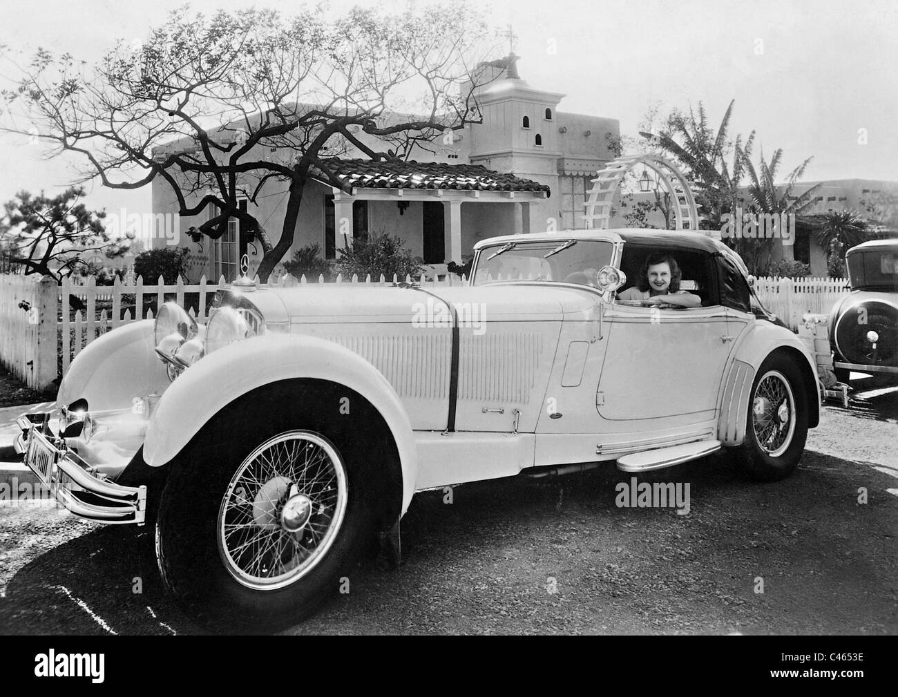 Lilian Harvey in her Mercedes Stock Photo: 37015090 - Alamy