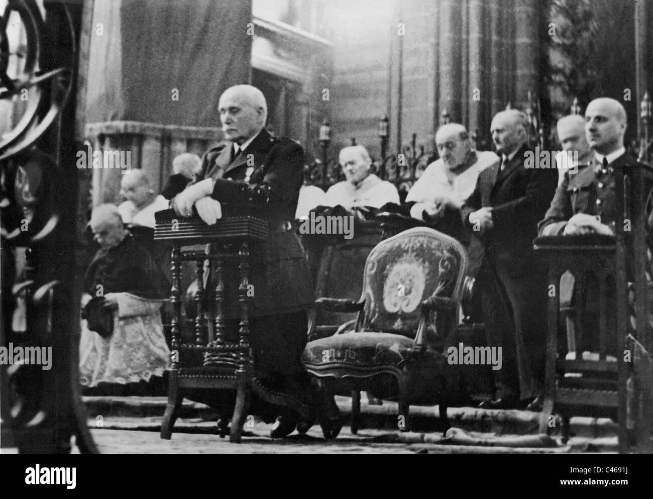 Henri Philippe Petain during the celebration of the Armistice, 1940 - Stock Image
