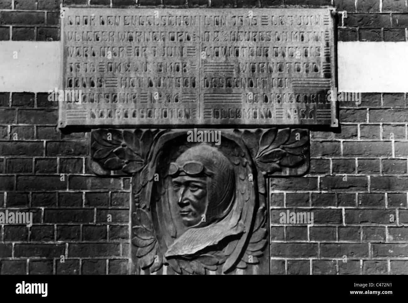 Memorial plaque for British airman Lt. Reginald Warneford - Stock Image