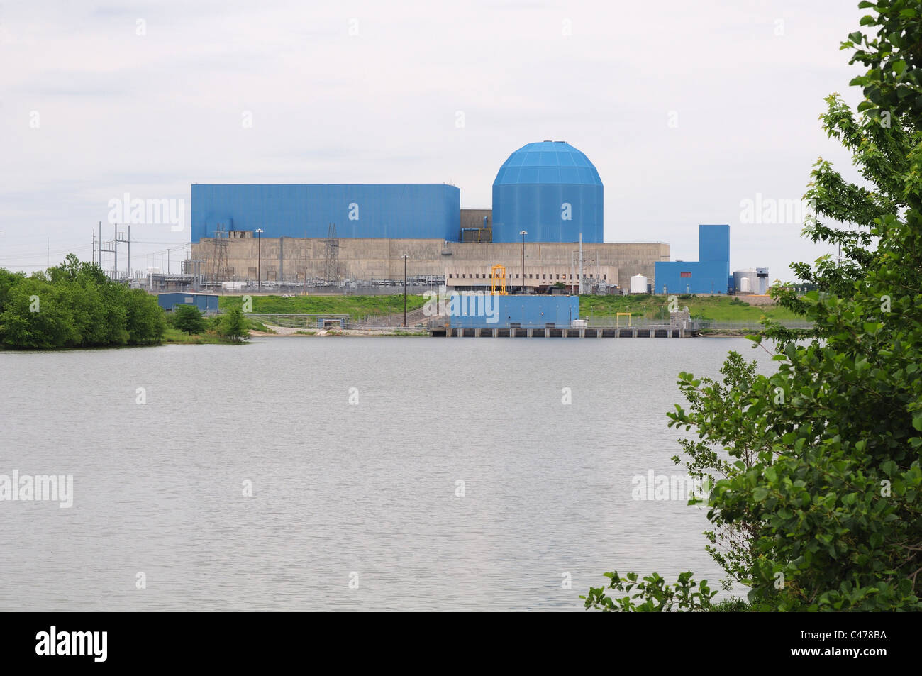 The Clinton Nuclear Power Plant near Clinton, Illinois USA owned by the Exelon corporation. - Stock Image
