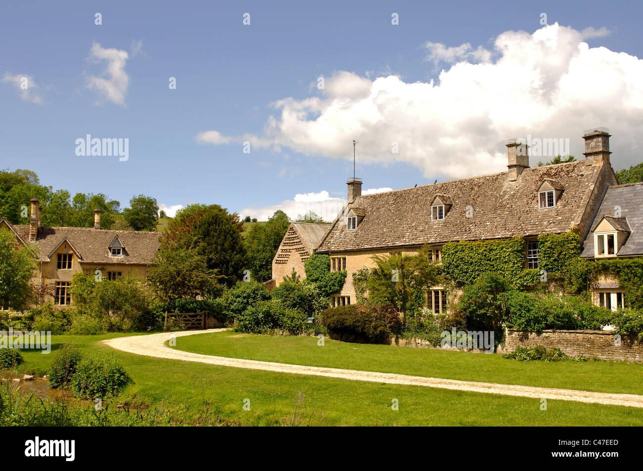 Upper Slaughter village, Gloucestershire, England, UK Stock Photo