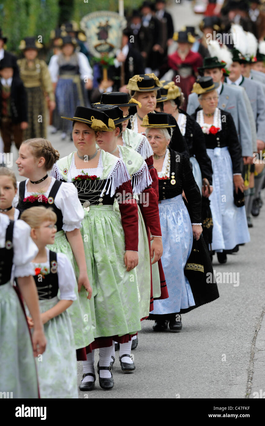 Bavarian Women Stock Photos & Bavarian Women Stock Images