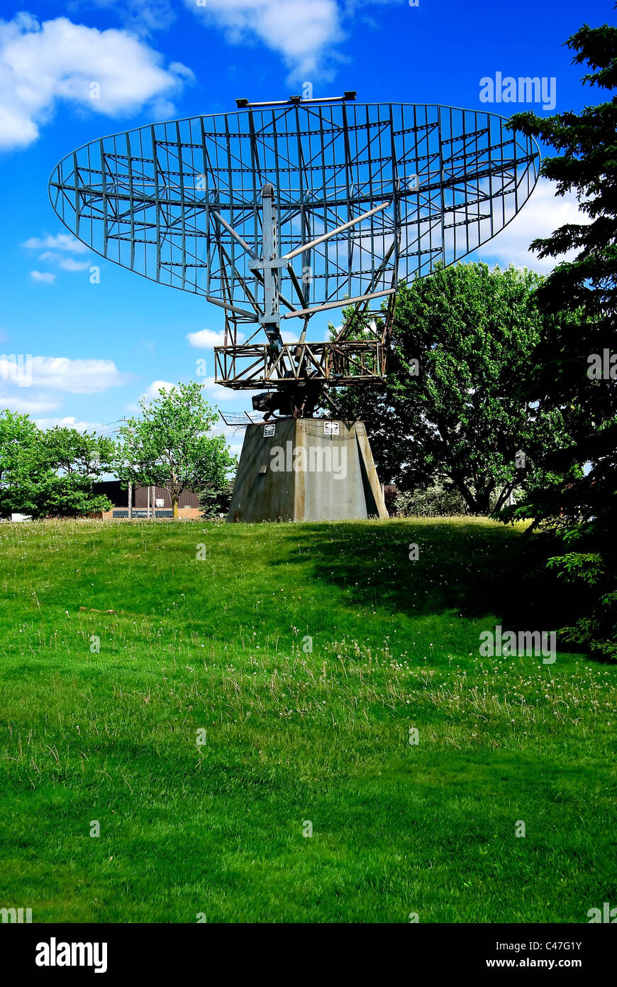 An antique, obsolete military Radar dish type AN/FPS-508 or AN/FPS-20A - Stock Image