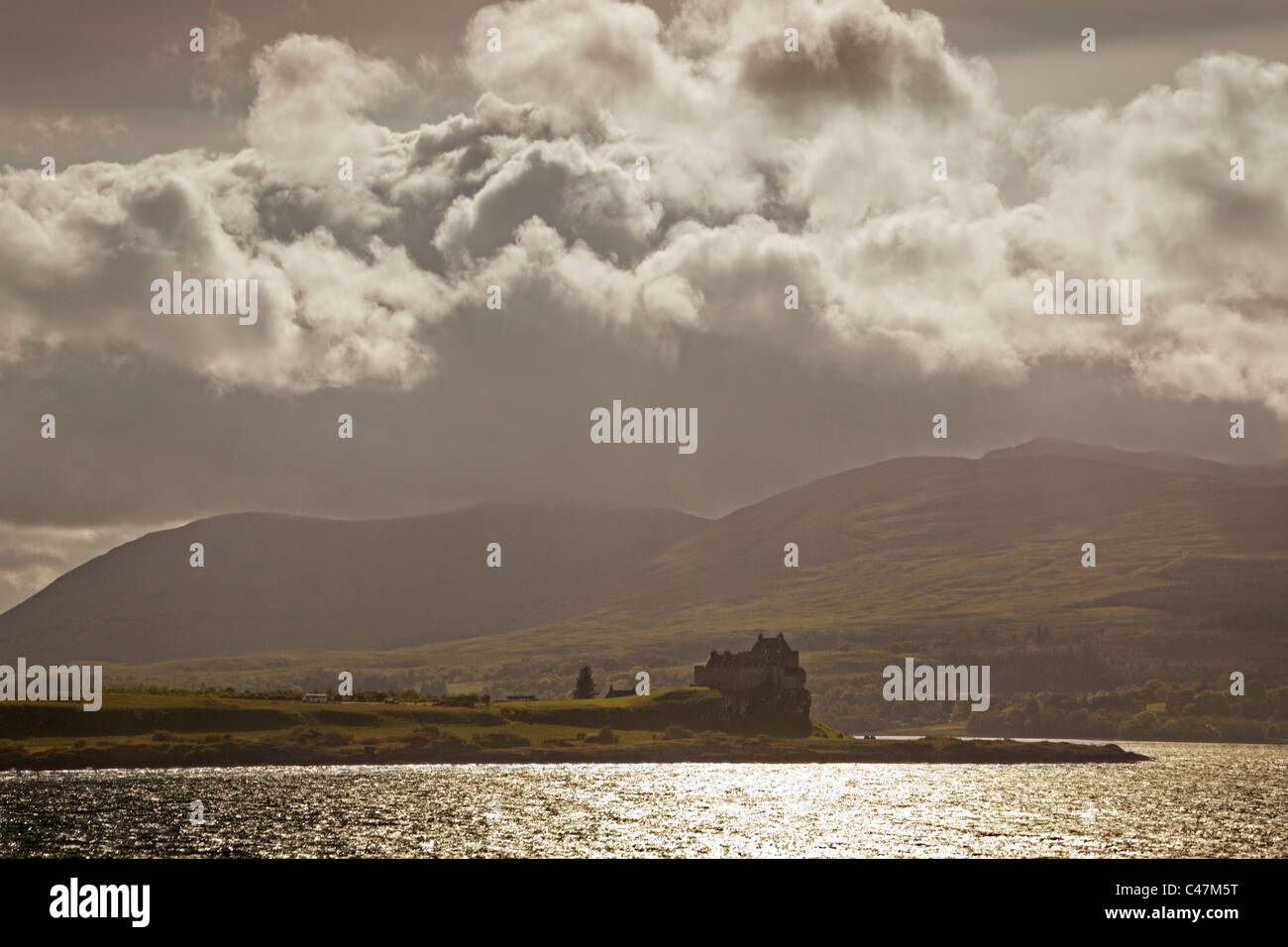 Storm Clouds over Duart Castle on the Isle of Mull - Stock Image