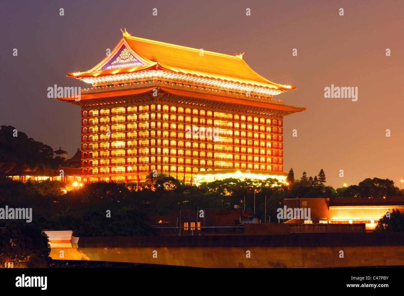 Hotel Lit Up At Night Grand Hotel Taipei Taiwan Stock Photo Alamy
