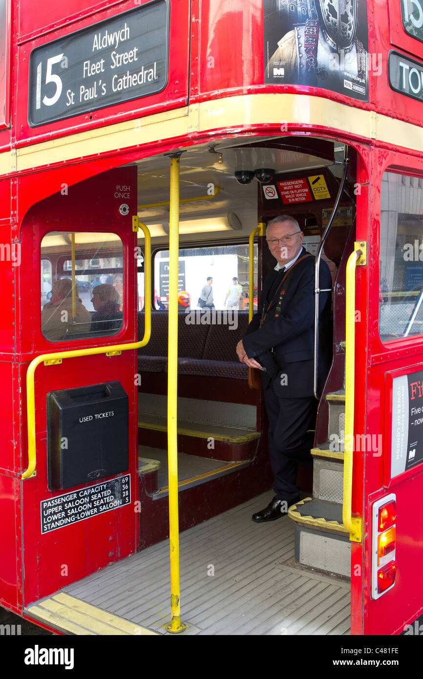 no 15 red london bus - Stock Image