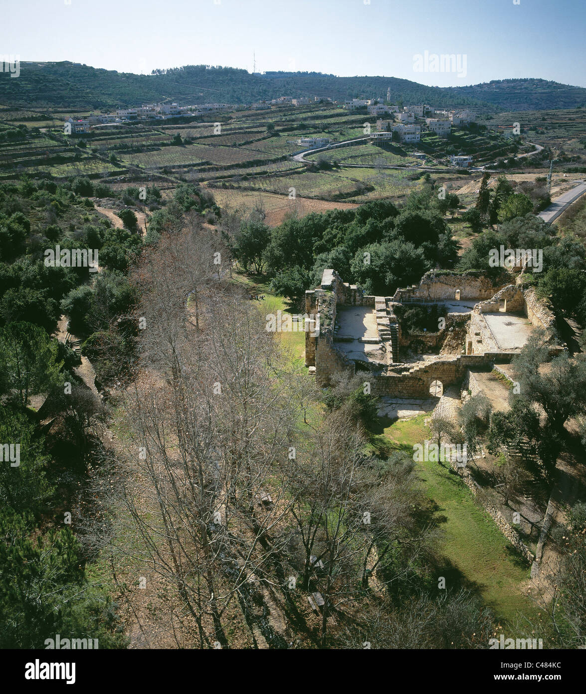 Aerial view of the ruins of the agricultural estate at En Hemed west of Jerusalem - Stock Image