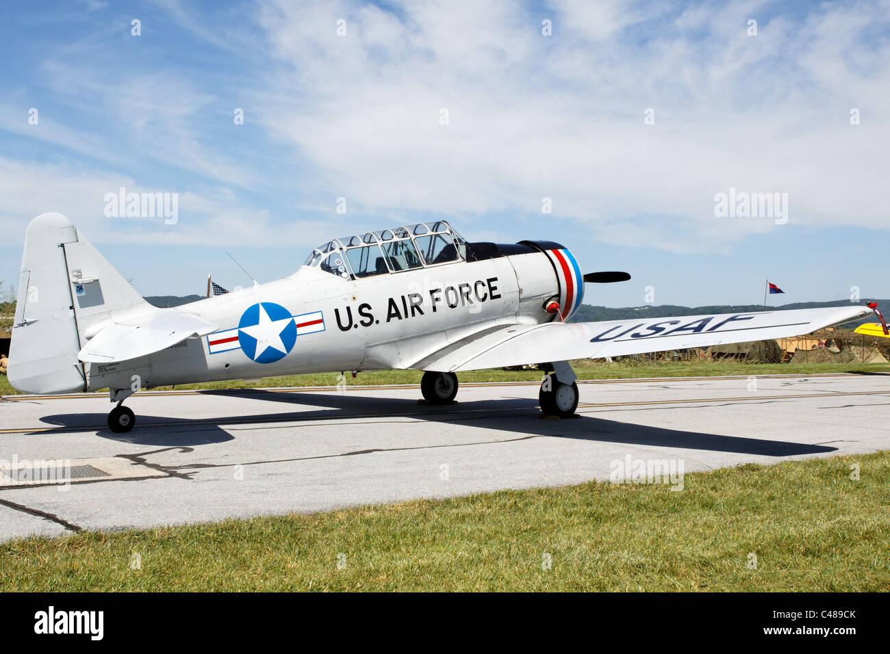 North American T6 Texan, Mid Atlantic Air Museum airshow 2011, Reading, PA - Stock Image