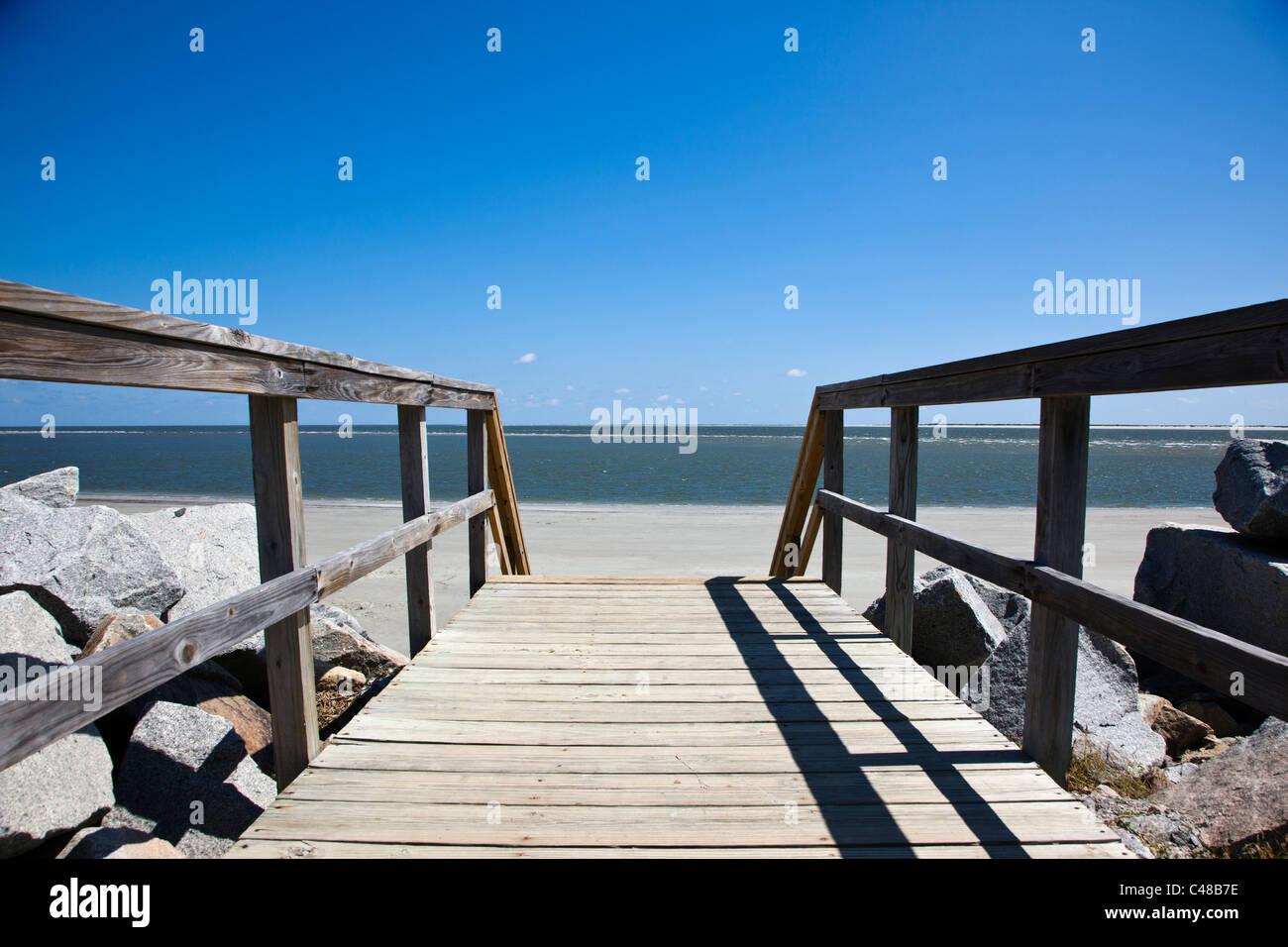 Wooden boardwalk to the beach on Seabrook Island, near Charleston, South Carolina, USA - Stock Image