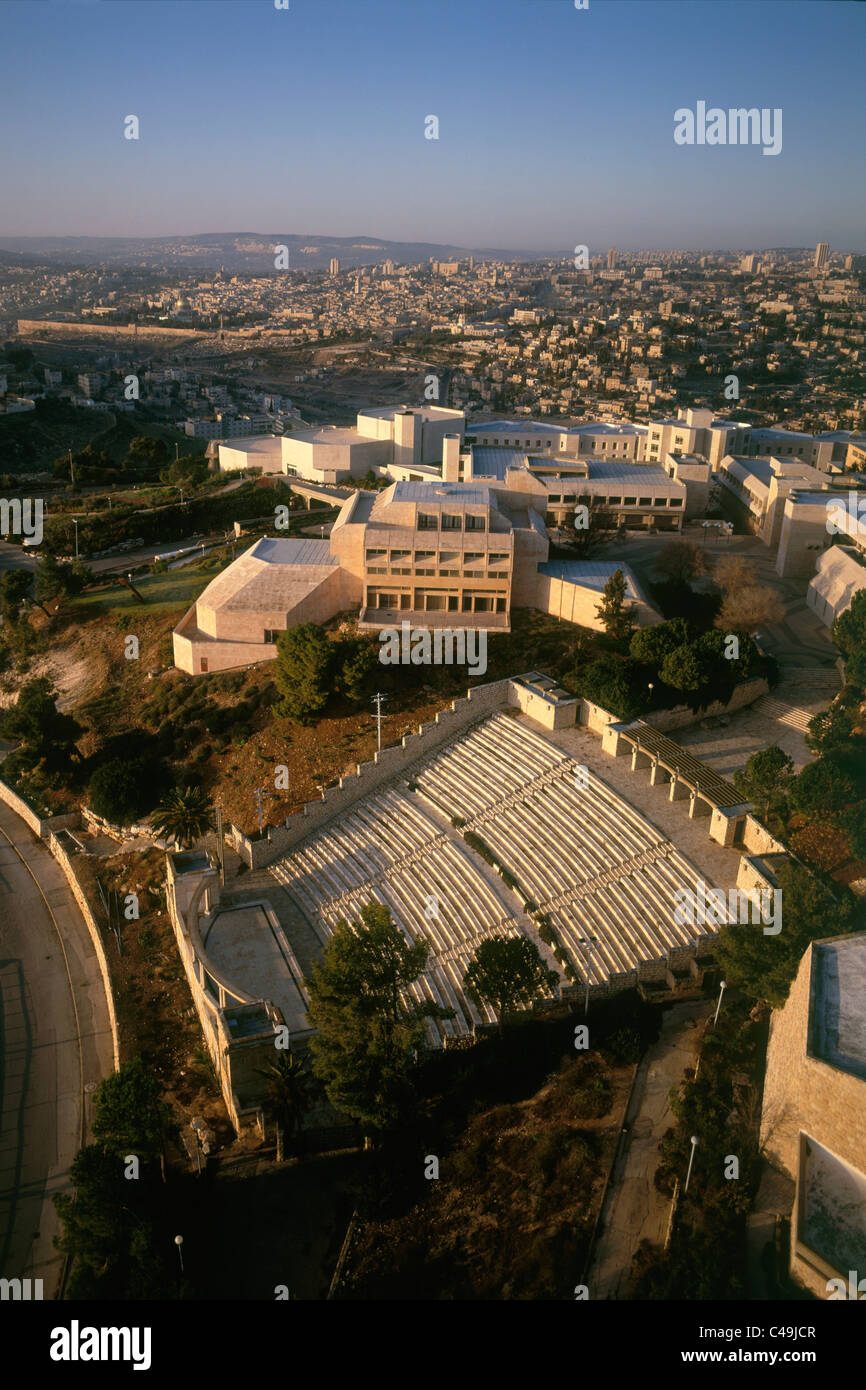 Aerial photograph of the Hebrew University on mount Scopus at sunset - Stock Image