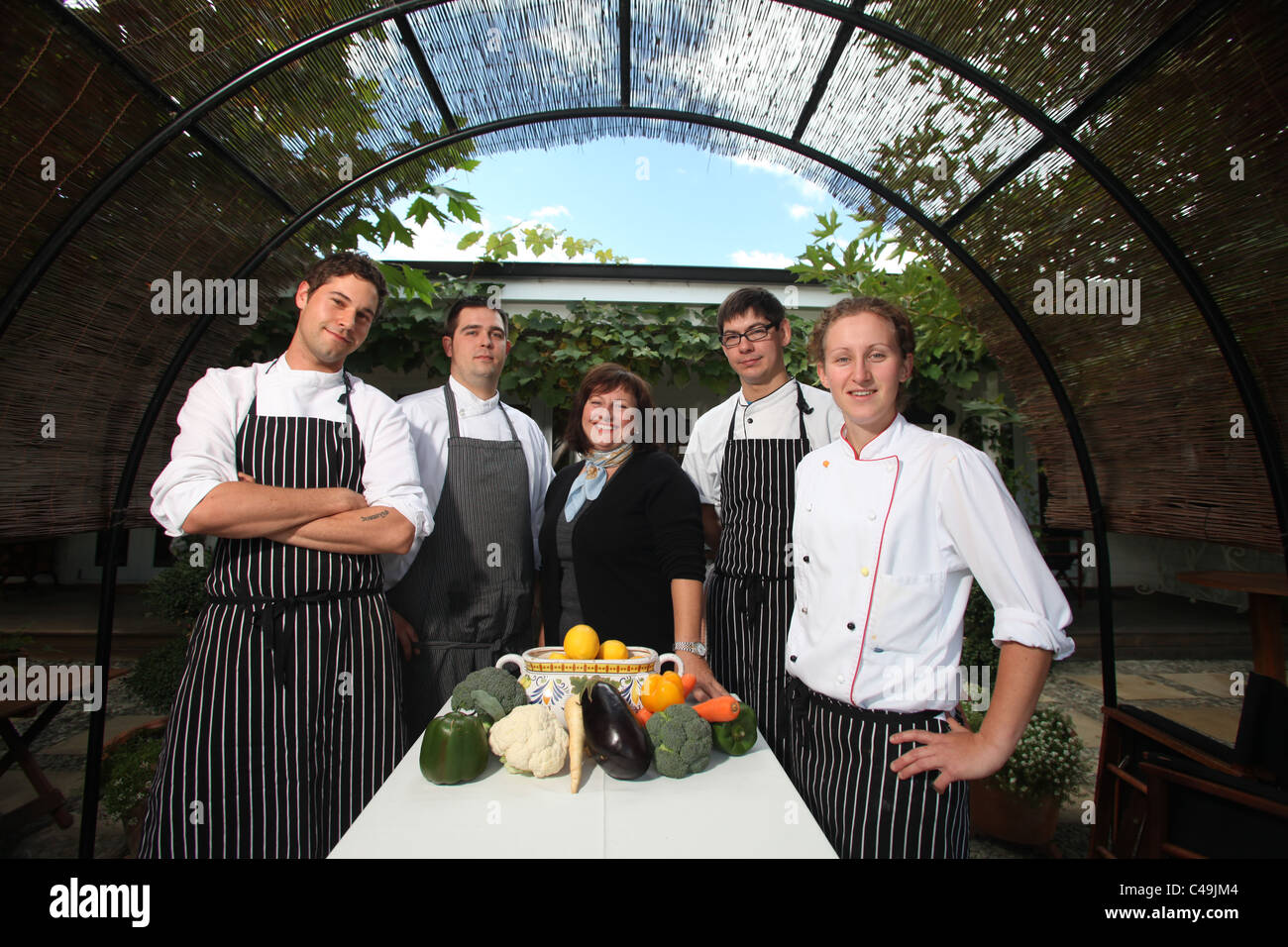 Therese Herzog with her team of chefs at Herzog Winery, Blenheim, New Zealand - Stock Image