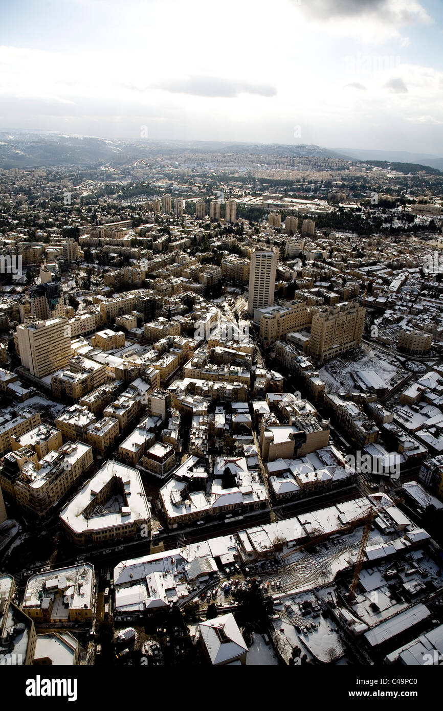Aerial photograph of the Zion square in western Jerusalem after snow - Stock Image