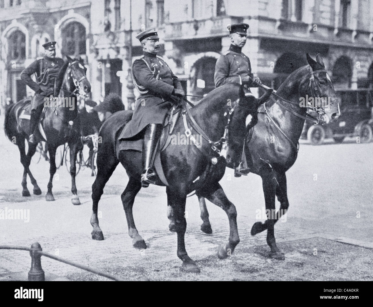 Wilhelm II, Emperor of Germany, riding through Berlin to bid farewell to first German expeditionary forces in August - Stock Image