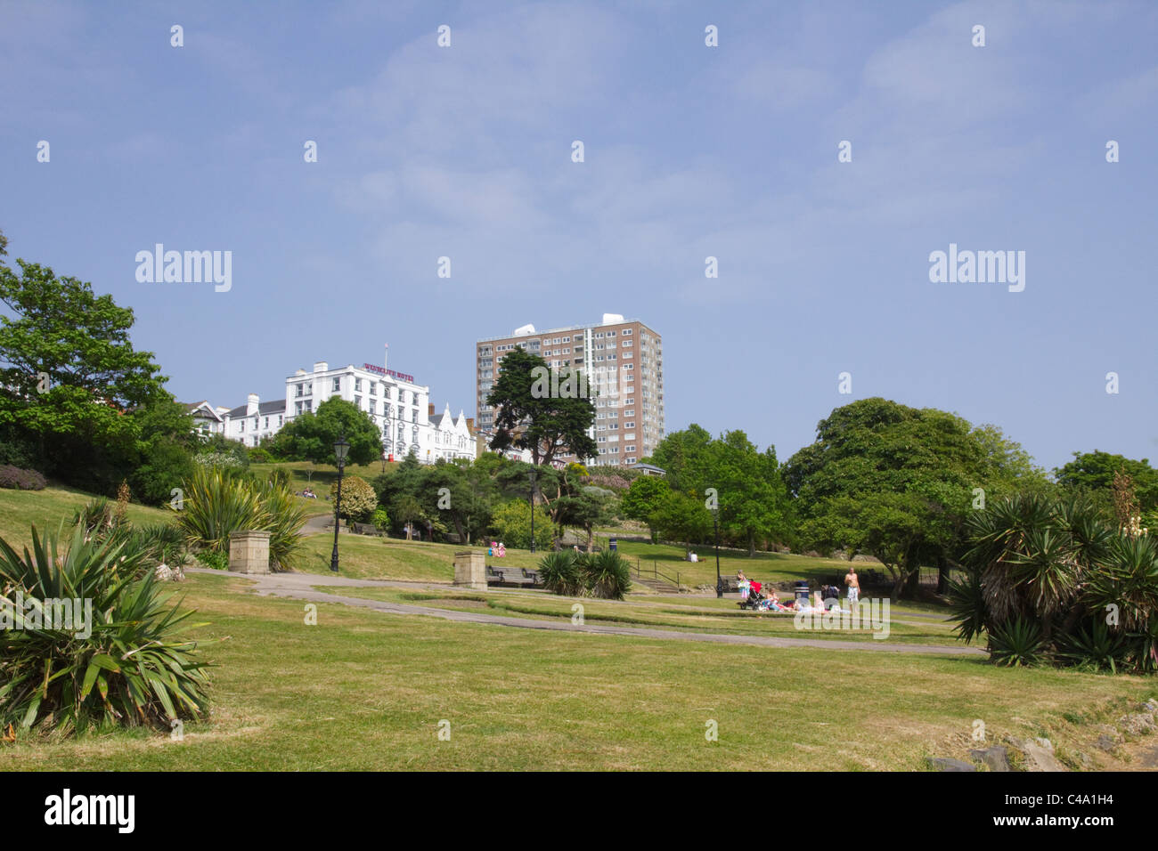 Grassland and Park-like area on the cliffs at Southend-on-Sea Stock Photo
