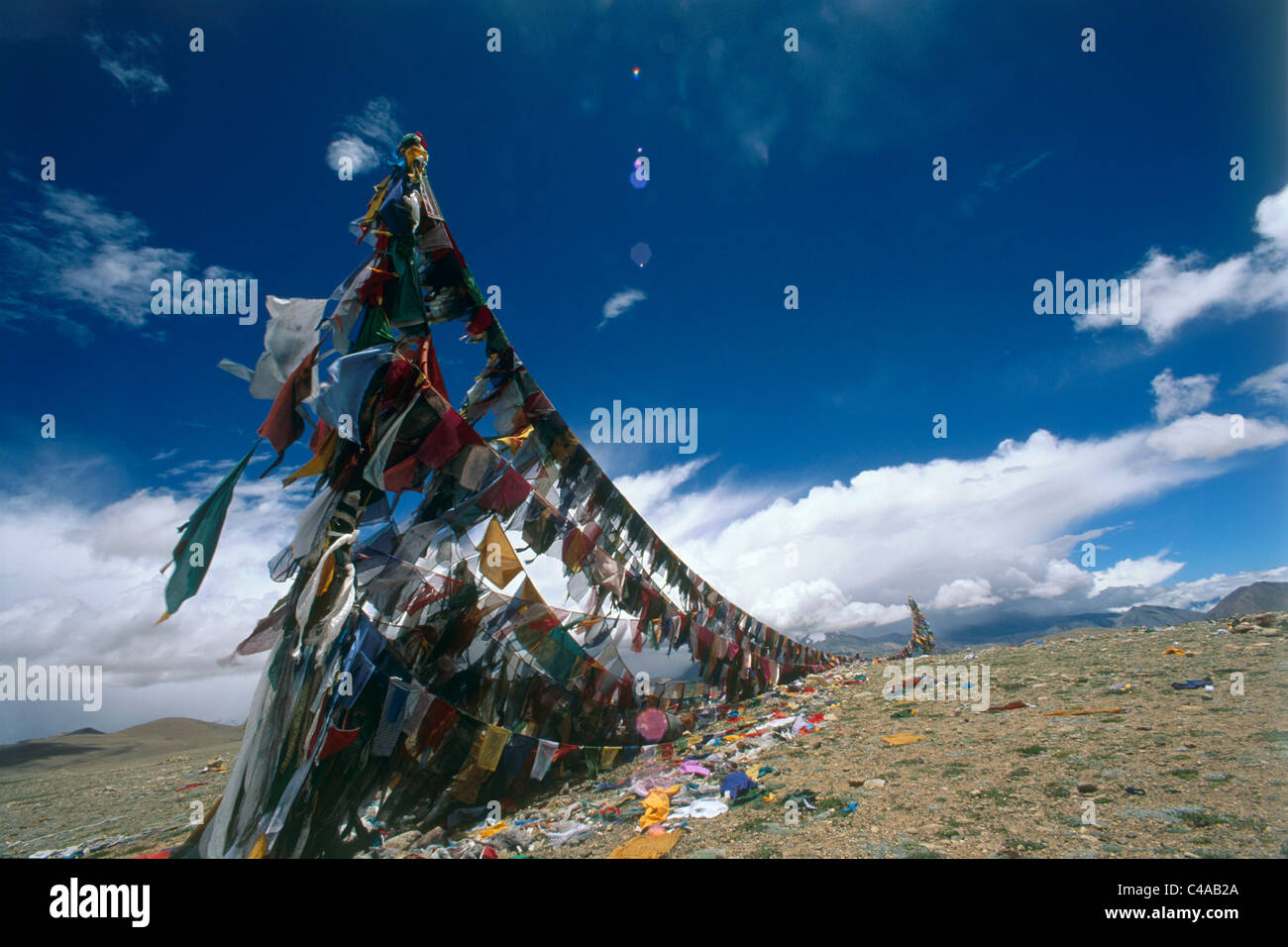 Photograph of a giant laundry hanger in Tibet - Stock Image