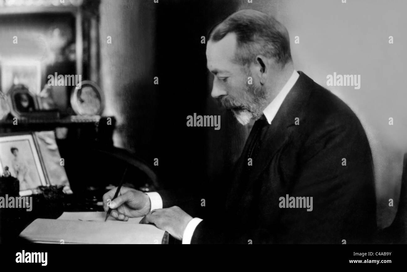 KING GEORGE V ROYAL FAMILY 30 May 1923 - Stock Image