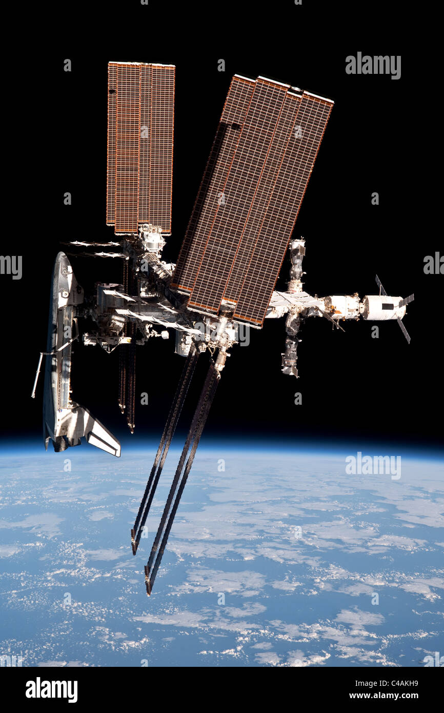 Space Shuttle Endeavour docked to the International Space Station - Stock Image