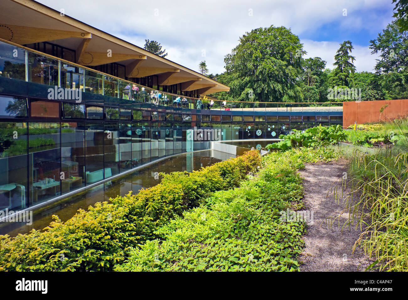 The John Hope Gateway and restaurant in the Royal Botanic Garden Edinburgh - Stock Image